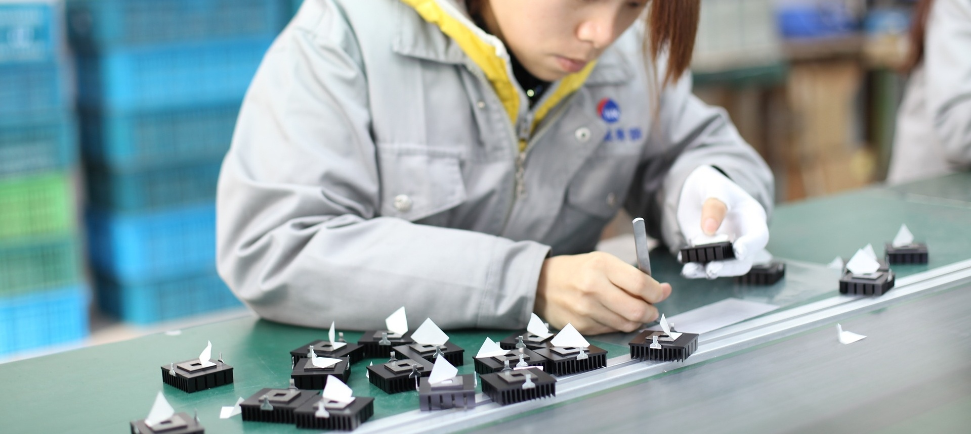 contract-assembly-services-124617-edited.jpg