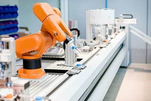 robotic-machinery-on-assembly-lines-can-be-used-for-precise-and-cost-effective-fluid-and-adhesive-dispensing-14098020